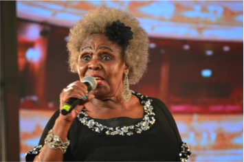 Mam Dorothy Masuku reminding us of her all-time hits | Picture by: Lizwe Yelane